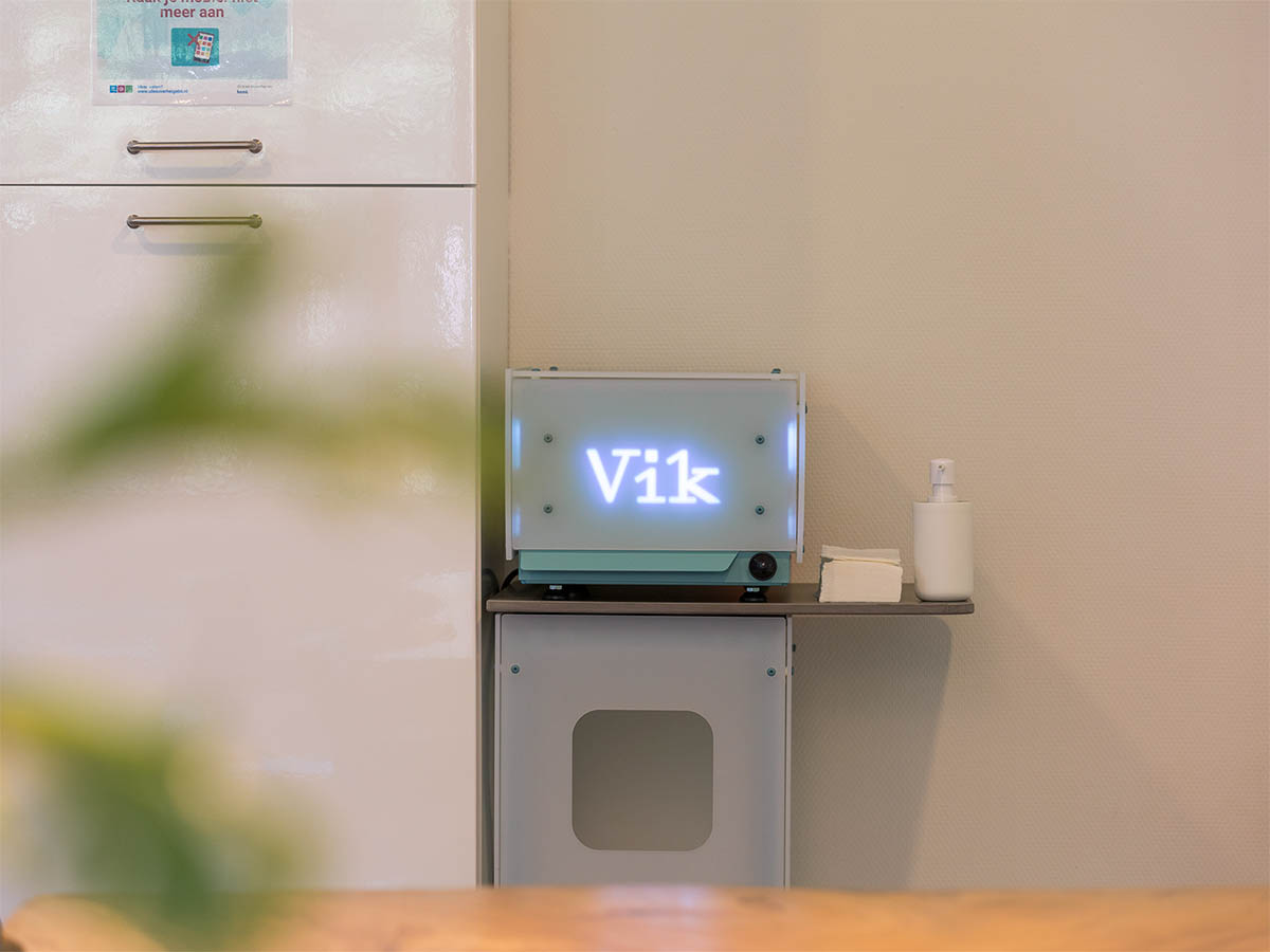 Vik uv-c desinfectiekast Model k wachtkamer 5 - low-res